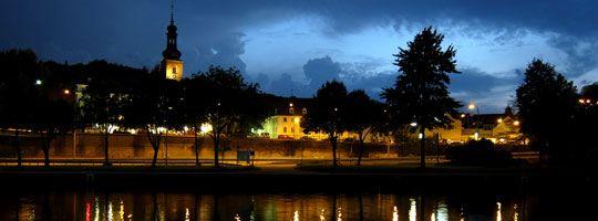 NightWalk: Städte in der Nacht
